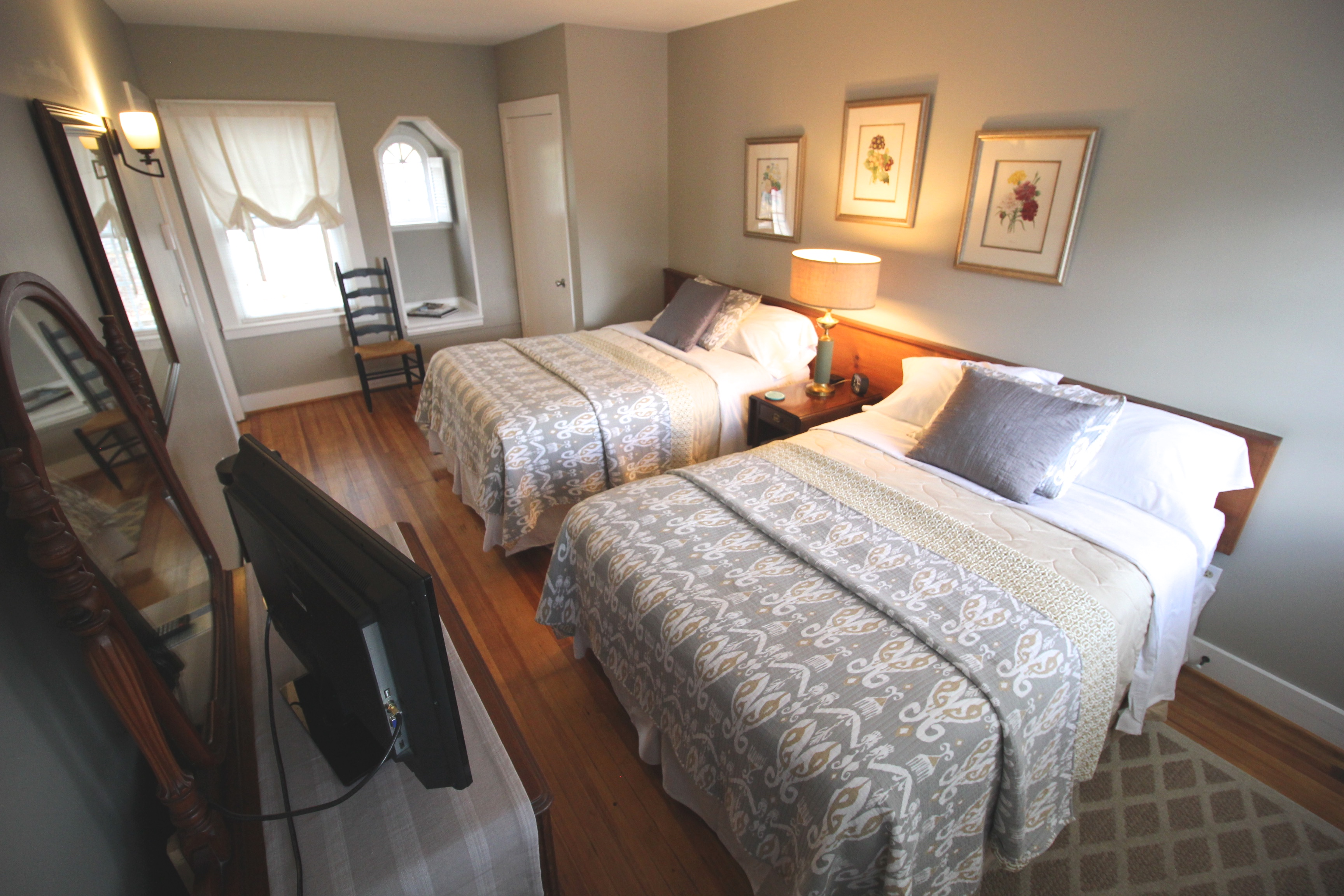 Suite with Two Full Beds