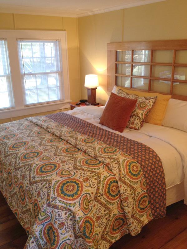 Floyd Virginia Room 6 Accommodations