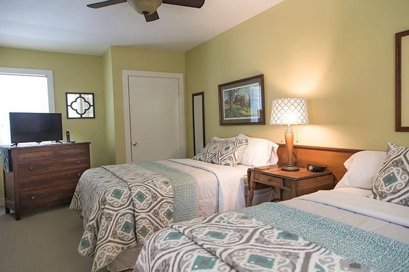 Floyd Virginia Room 2 Accommodations